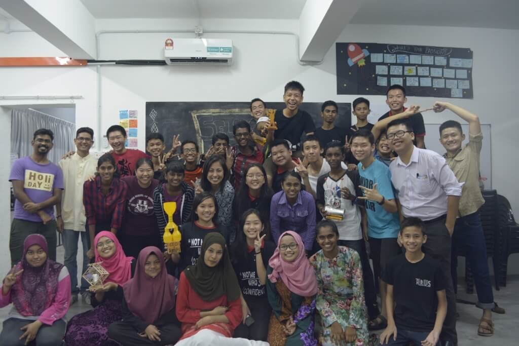 Graduates of the Arus Academy